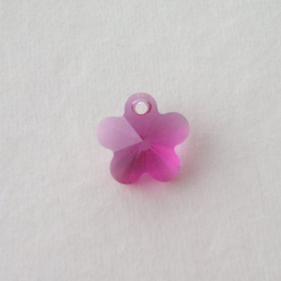Přívěsek kytička Swarovski 12 mm, fuchsia