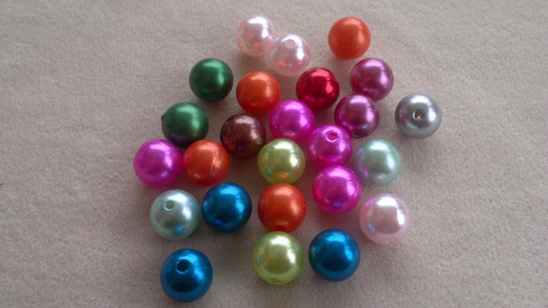 Perly plastové, voskované - MIX 12 mm