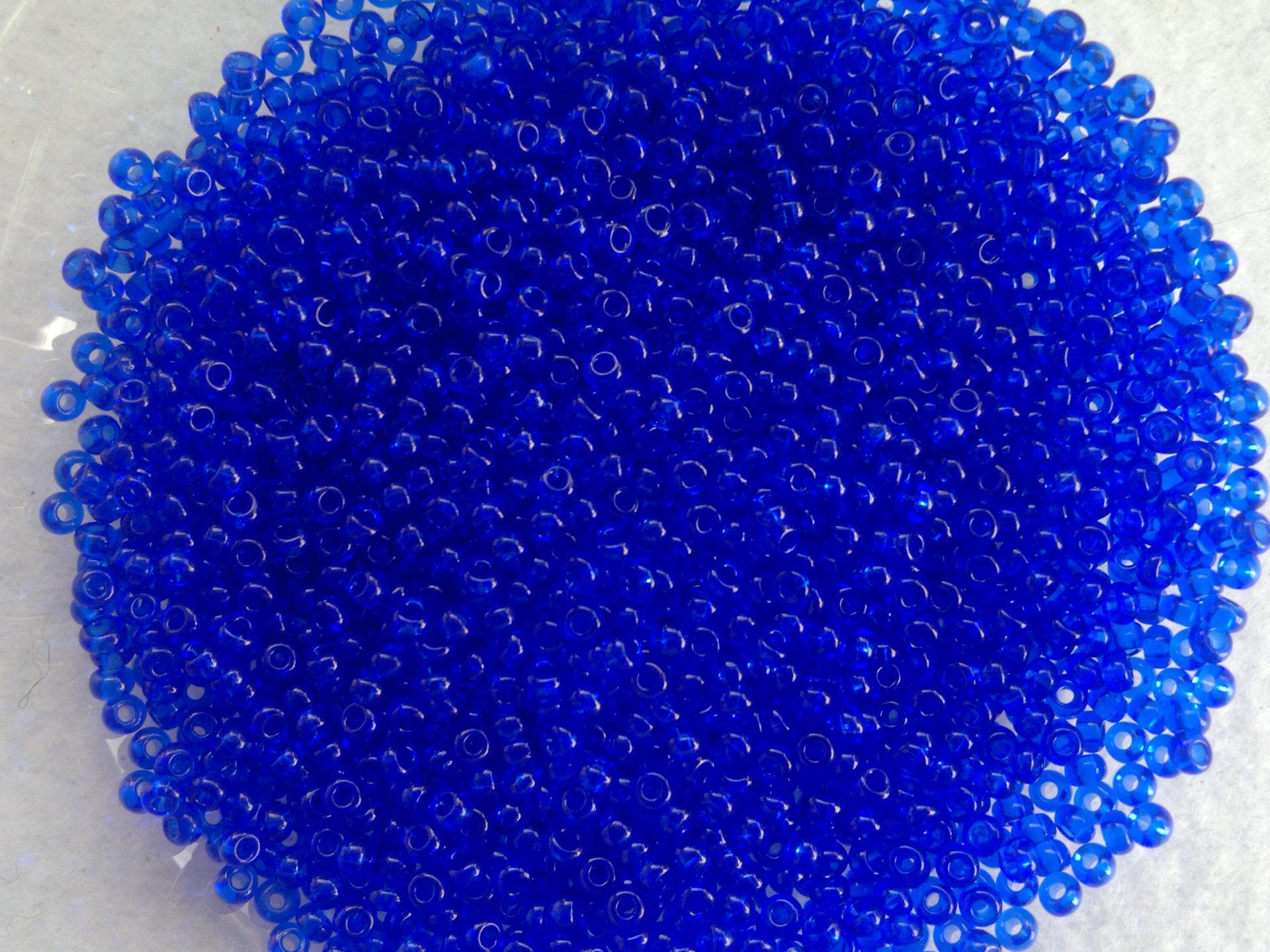 Rocailles PRECIOSA (10/0), průhledný tmavě modrý
