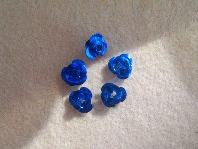 Hliníková růžička 6x4,5 mm, tmavě modrá