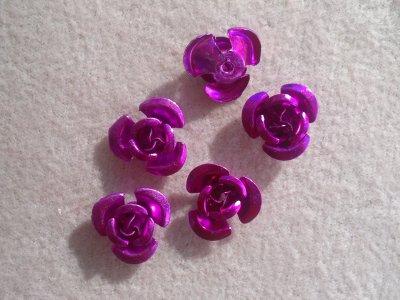 Hliníková růžička 12x7 mm, růžovofialová