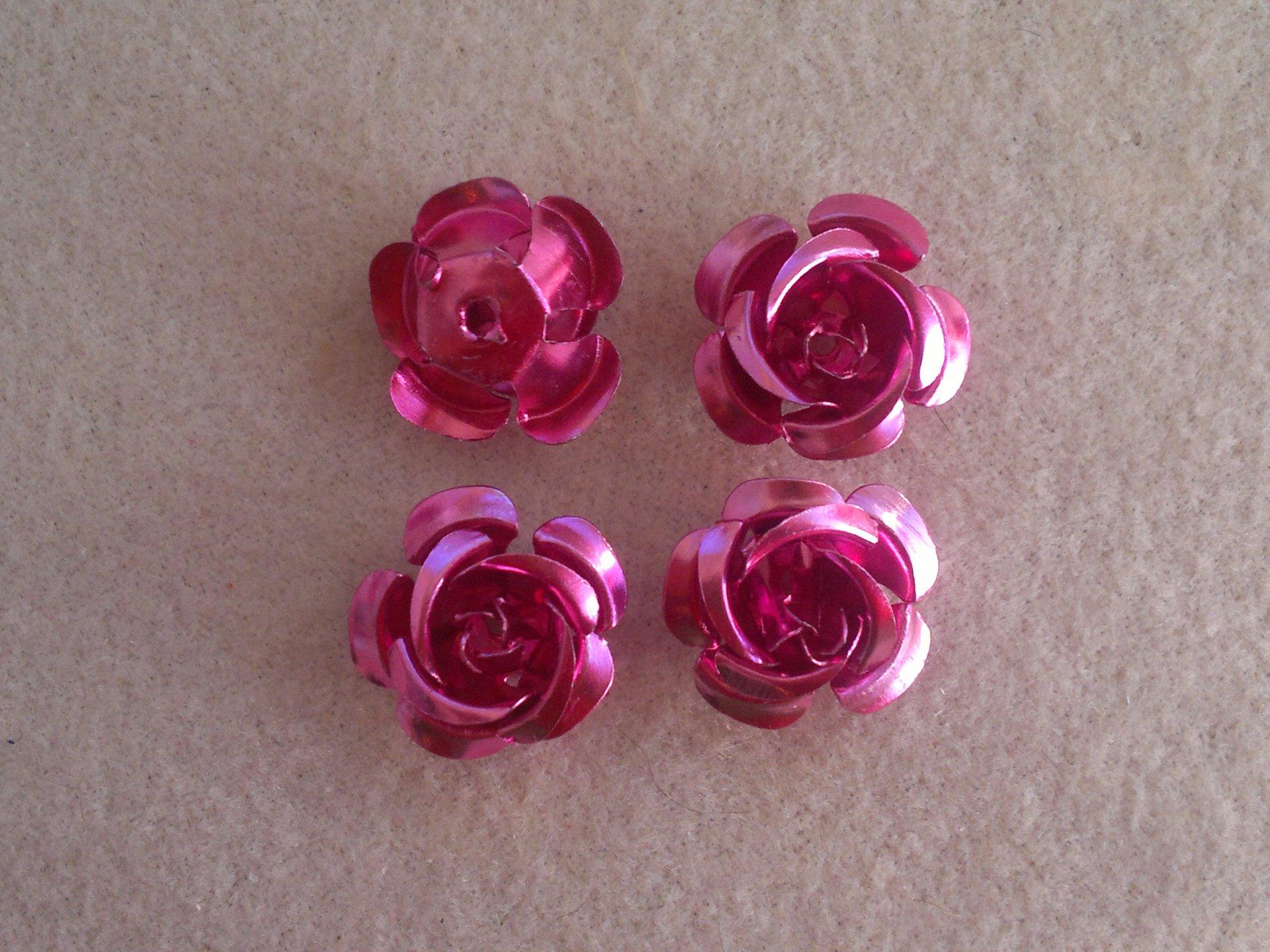 Hliníková růžička 15x9 mm, růžová
