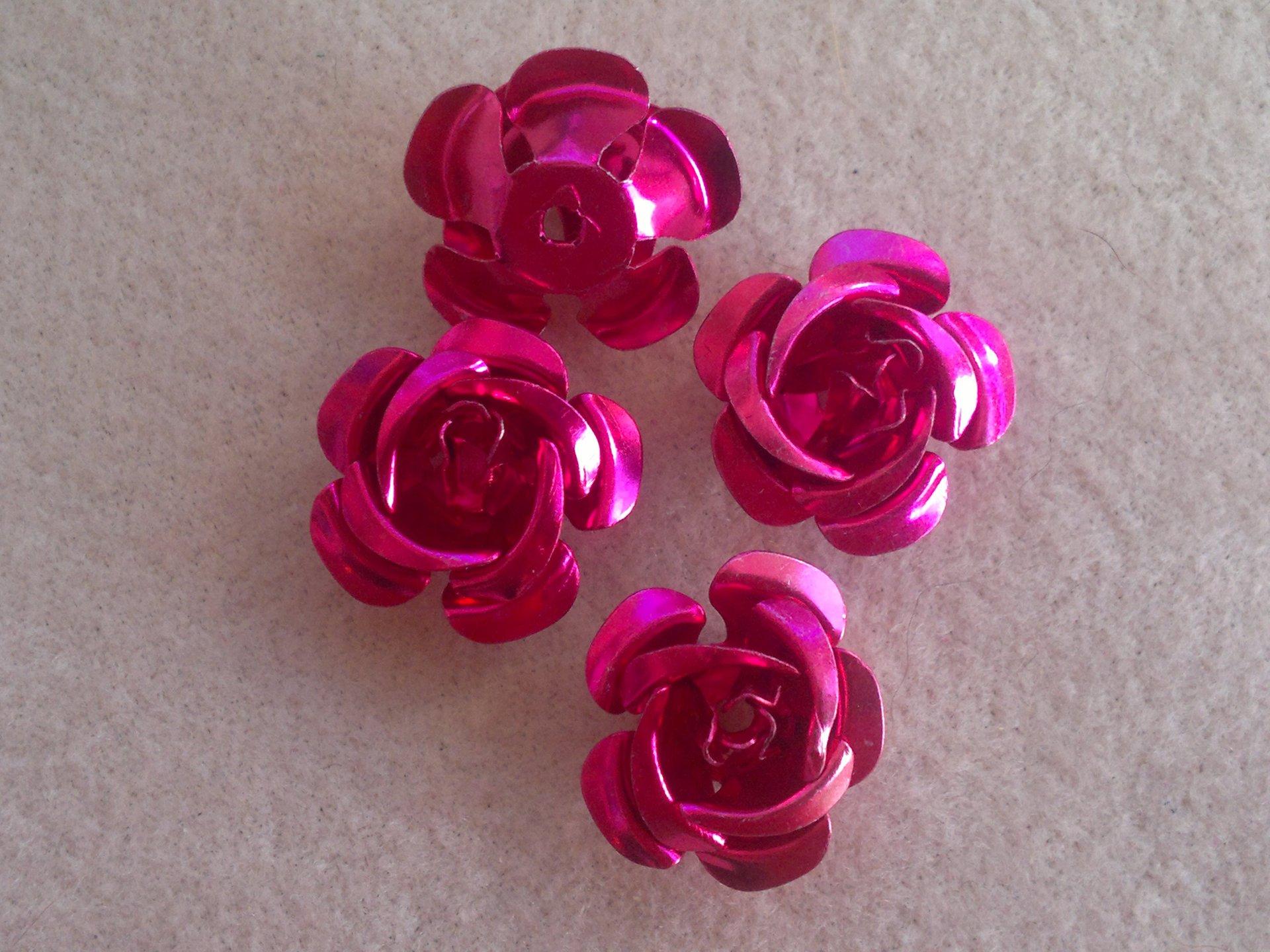 Hliníková růžička 17x9 mm, tmavě růžová