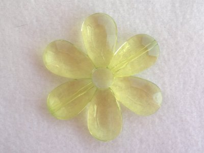 Akrylová kytka, pr. 57 mm, zelená