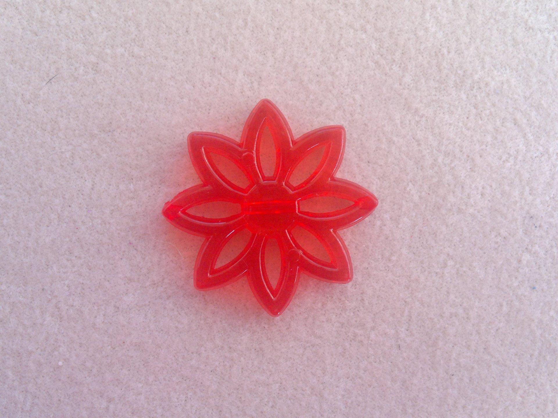 Plastová kytka, pr. 31 mm, červená