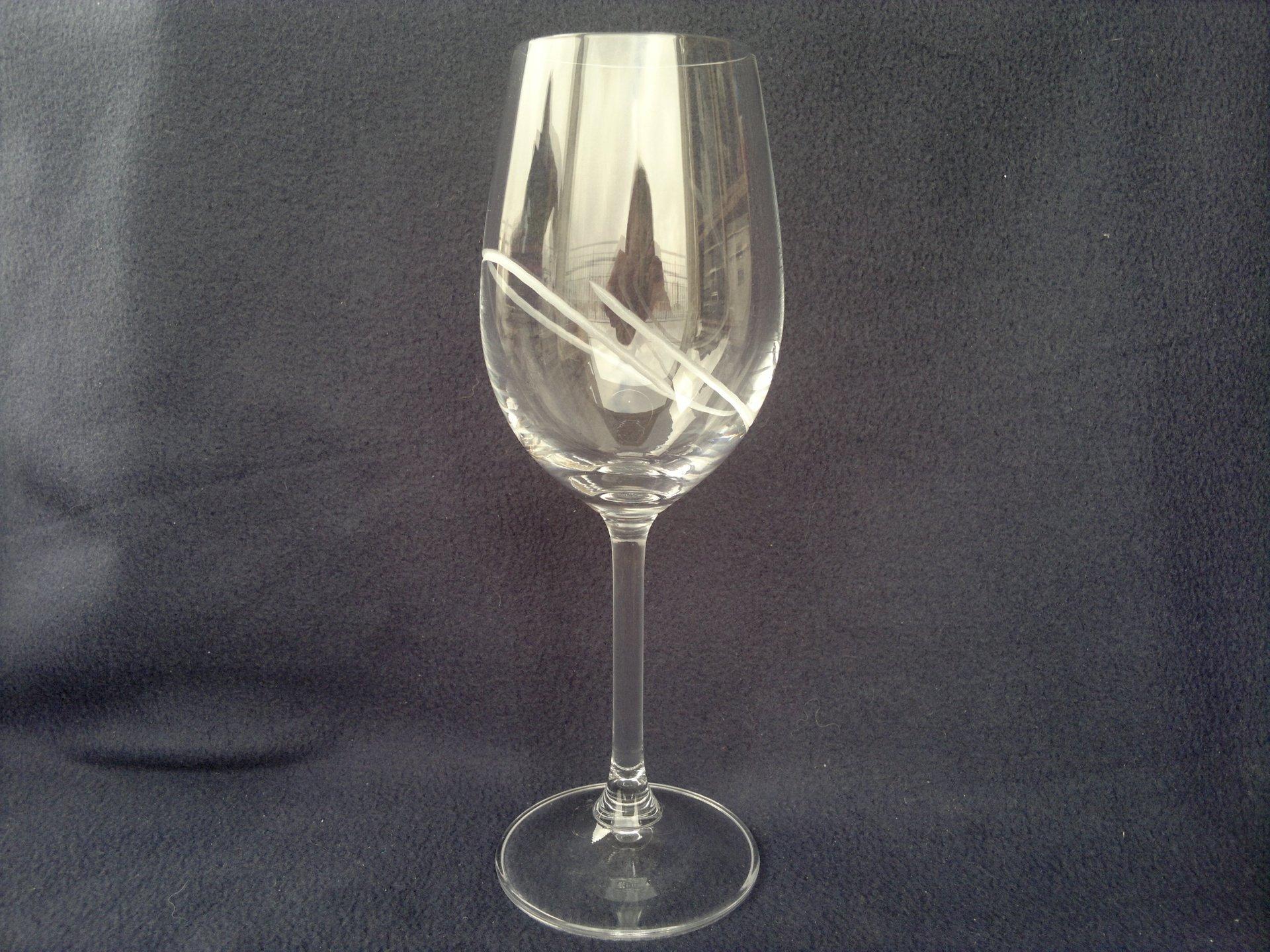 Ručně broušená sklenice sklo 350 ml