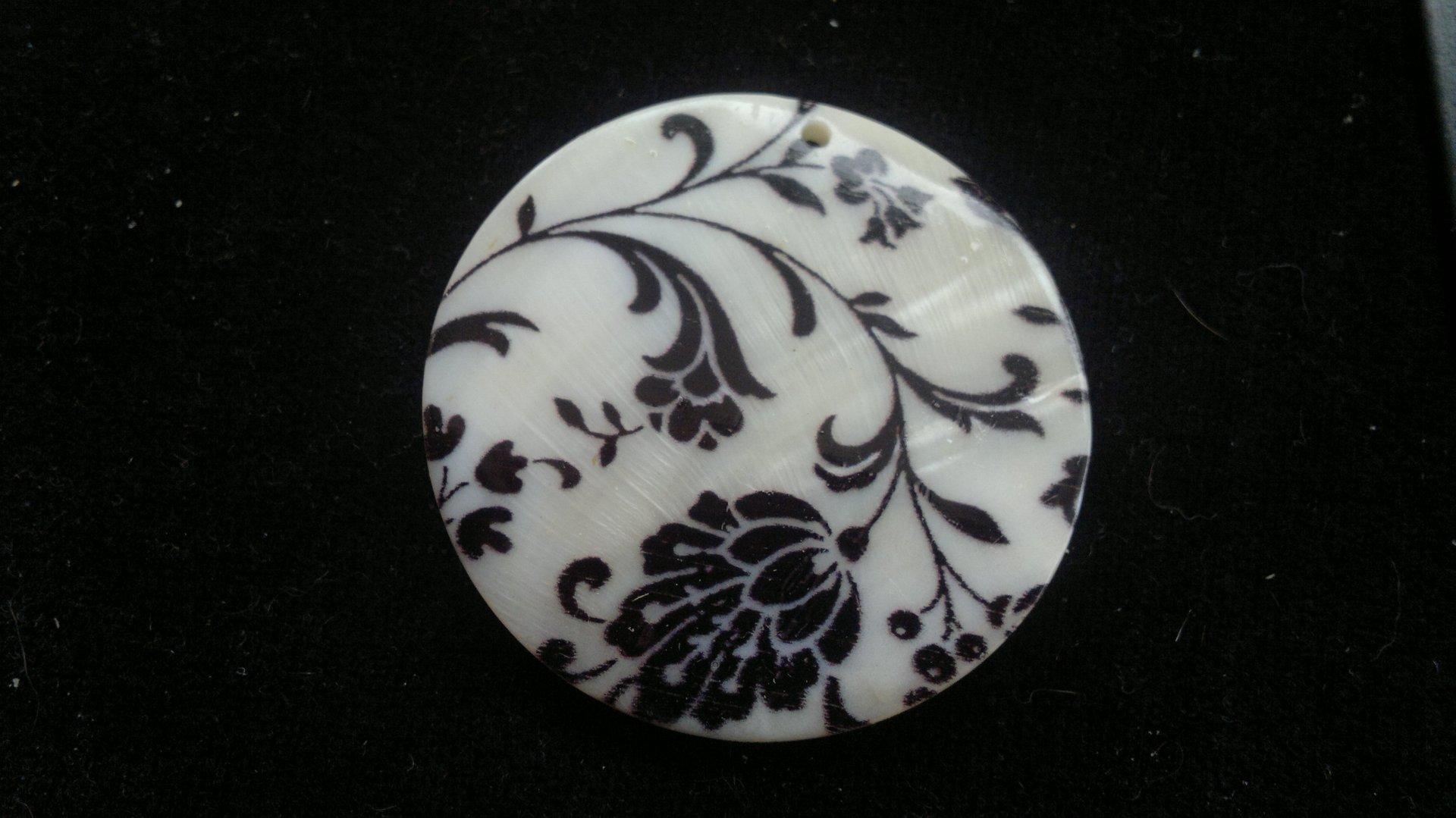 Silná perleť 50 mm - motiv 3 perleť 50 mm 1,2 mm bílá/černá