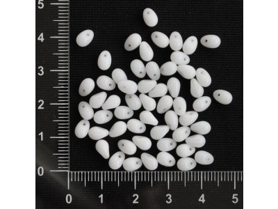Bílé kapky 6 x 4 mm bílá kapka sklo 6 mm 4 mm 0,5 mm