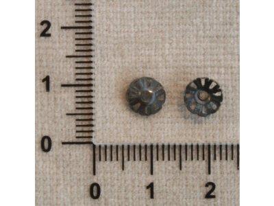 Kaplíky cca 7 mm černá kov 6 mm 3 x 7 mm 1,2 mm