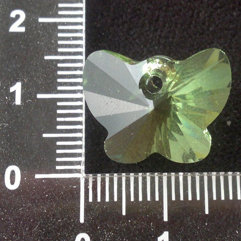 Přívěsek motýl Swarovski 18 mm, peridot