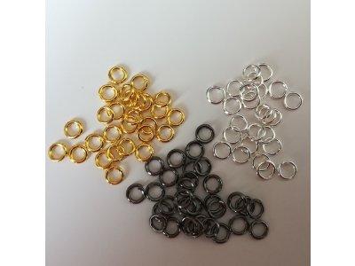 Spojovací kroužky 4 mm silné 0,6 mm - více barev