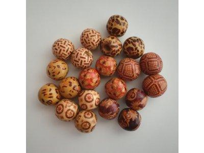 Kuličky dřevěné pr. 16 mm, více druhů