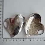 Kovové srdce větší. různé - vypouklá