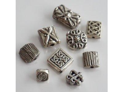 Kovové antické, různé