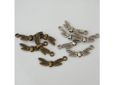 Kovová křídla s očkem
